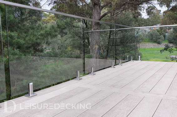 Glass Ballustrading by Leisure Decking Melbourne